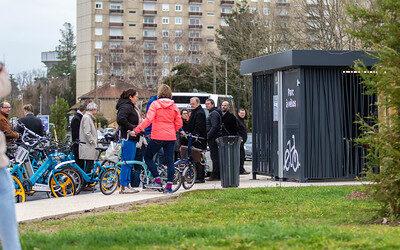 Des abris pour encourager l'utilisation du vélo